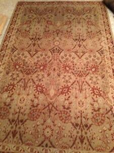 tapestry style Rug Carpet 5 x7 ft $40.00 great cond.