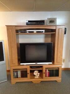 meuble de télévision / bibliothèque avec rangement