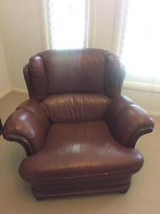 Vintage Detailed Brown Leather Lounge/Couch Castle Hill The Hills District Preview