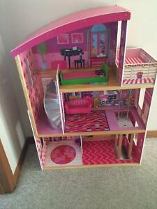 Large Dollhouse (with some furniture) Cambridge Kitchener Area image 1
