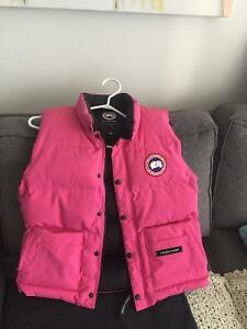Canada Goose toronto sale cheap - Canada Goose | Buy or Sell Clothing for Kids, Youth in Toronto ...