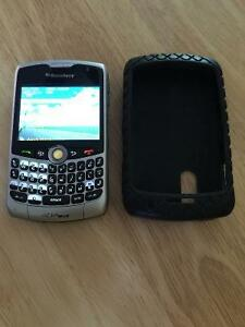 Blackberry Curve 8330 with Roots case and charger Kawartha Lakes Peterborough Area image 1