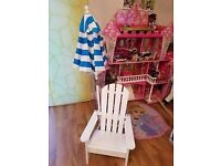 Kidkraft Children Chair with umbrella. Ex display item. DELIVERY ONLY IN LONDON.