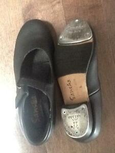 Gently used Tap shoes