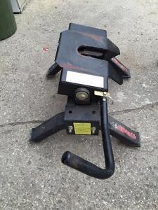 5th Wheel Hitch $225.00