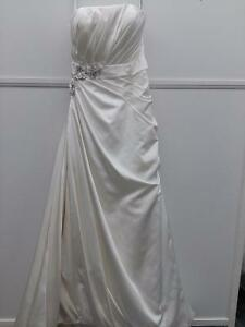 Impression wedding gown, never worn out