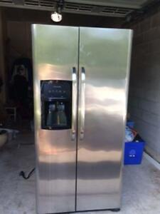 Frididaire Profesional stainless steel side by side refrigerator