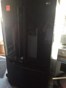 36 inch Black French Door Style Fridge Excellent Condiltion