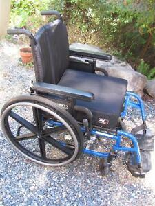 WHEELCHAIR Breezy 600 deluxe equipped, collapsible