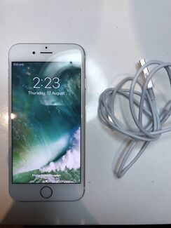 iPhone 6 - 64 GB PERFECT CONDITION