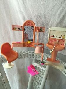Collectible Fashion Doll Beauty Shop for Barbie