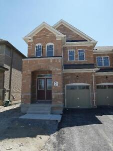 Brand New End Unit Townhouse - Aurora Trails - 2,200 sq ft 4 bed