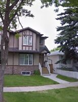 Furnished room for rent near Whyte Ave! (Female/commuter only)