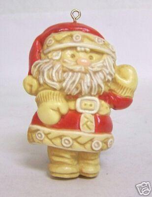 "1976 Hallmark ""Tree Treat Santa"" Season's Greetings"
