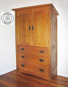 CLASSIC STICKLEY DOOR CHEST CABINET IN QUARTERSAWN OAK Mullumbimby Byron Area Preview