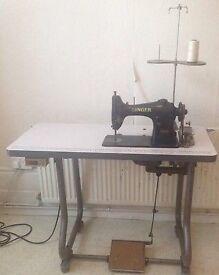 Singer sewing machine(Industrial)