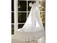 Wicker crib Moses Basket lulu due white (cot bed)with snuggle pod from (MJ MARK)