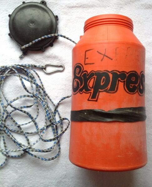 Safety Capsize Canister - very good condition