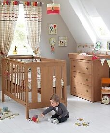 Mamas and papas chamberlain furniture set inc cot bed, wardrobe and drawers