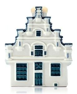 *** NEWLY ISSUED *** KLM / BOLS Blue Delft Miniature House No 94 (Sealed)