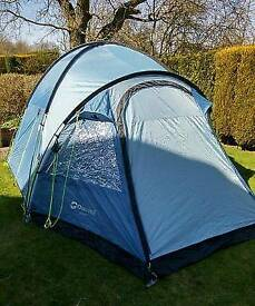 Outwell 5 man tent mint condition. 2 rooms and entry bit