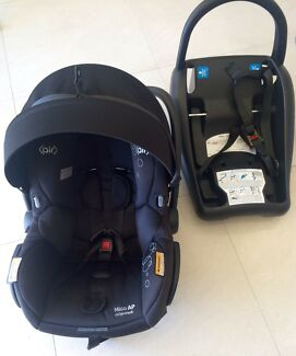 Maxi Cosi Mico Ap capsule with ISOFIX  - purchased new Nov 2016