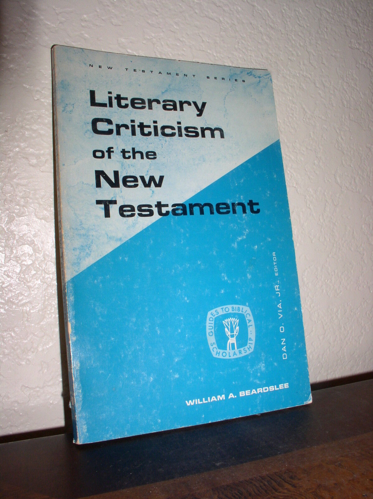 Literary criticism of the new testament by william a beardslee 1970 paperback