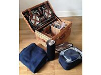 Picnic Time Windsor Luxury Picnic Basket - 4 person - Brand New! $388.95 original price