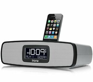 iHOME iP90 DUAL ALARM AM/FM CLOCK RADIO W/ iPHONE, iPOD DOCK  *