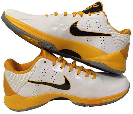 e04fad0e2c21 Top-10-Kobe-Shoes-