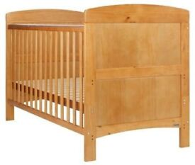 Baby Cotbed with mattress