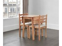 Solid wood extending/folding dining table for 2-4 people