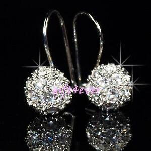 White Gold Plated Earrings w/ Swarovski Crystal E401