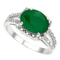LARGE EMERALD & DIAMONDS RING CRAFTED IN 10K WHITE GOLD