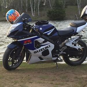 2005 gsxr 750 with many extras