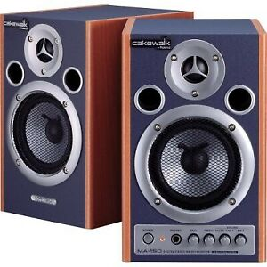 Roland MA-15D monitor speakers **moving sale**