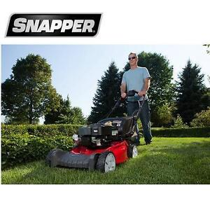 NEW* SNAPPER 21'' LAWN MOWER - 112025175 - GAS POWERED AND REAR BAG