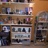 Carrie-Leah's the art of divination gift store