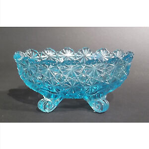 """Vintage """"Daisy and Button"""" pattern footed bowl"""