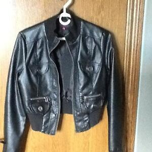 Ladies/girls faux leather jacket only worn a couple of times London Ontario image 1