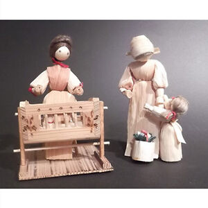 Pair of vintage cornhusk dolls:  mother and child figures