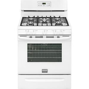Reduced: Frigidaire Convection Gas Stove New for Sale