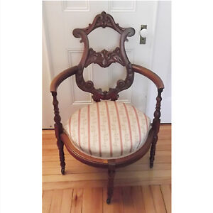 Edwardian Mahogany Open Back Salon Chair