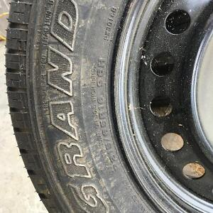 Single steel rim and tire from '06 Nissan Xtrail Kitchener / Waterloo Kitchener Area image 2