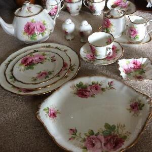 Royal Albert dinnerware, American Beauty