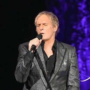 Micheal Bolton FRONT ROW tickets!!! Windsor Casino Dec.13 2018