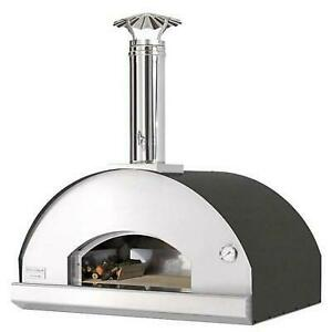 Wood Countertop Outdoor Pizza Oven