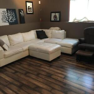 Roommate needed Beautiful room located in uplands in Brooks