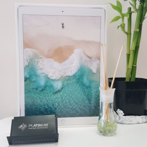 GOOD CONDITION IPAD PRO 12.9 INCH 64GB WIFI PLUS CELLULAR Southport Gold Coast City Preview
