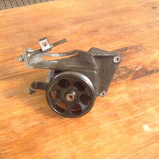 Subaru Outback & Liberty power steering pump